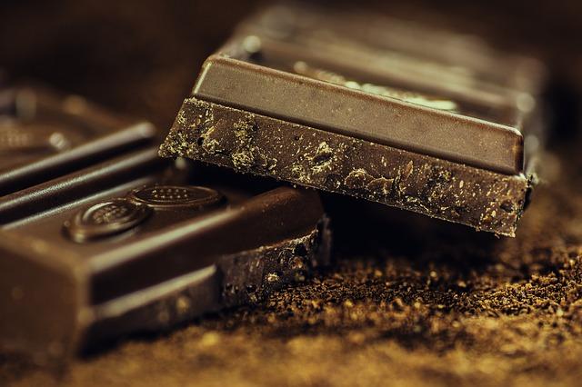 バレンタインにチョコを渡すのはなぜ?由来や起源は?