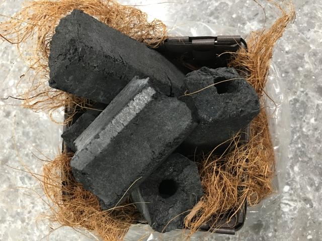バーベキュー用の炭は消臭に使えるの?炭に種類はある?