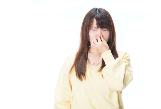 バーベキューで服や髪についたタバコや煙の臭い対策や消臭方法