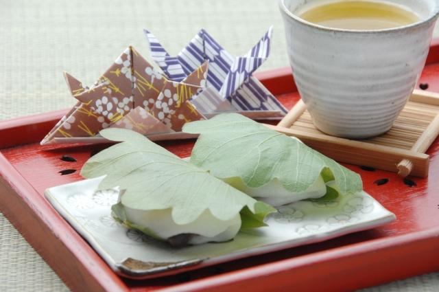 柏餅の葉っぱは食べる?食べない?葉っぱの意味や理由は?
