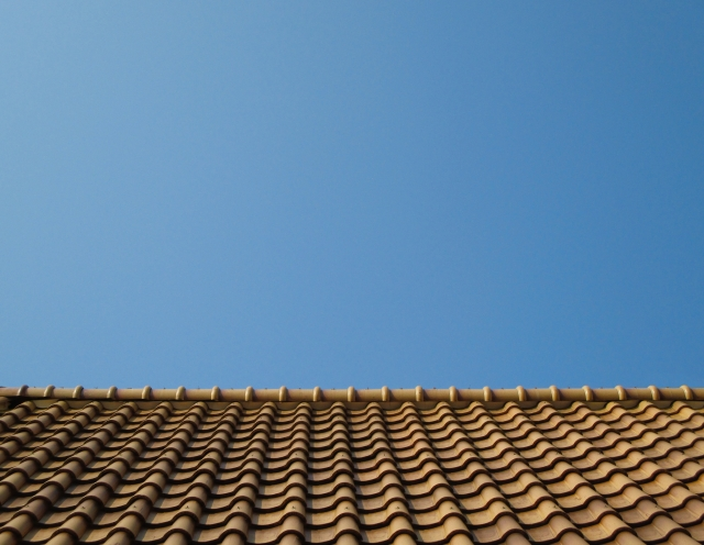 屋根裏のスペースを有効活用!収納を増やすDIYとは?
